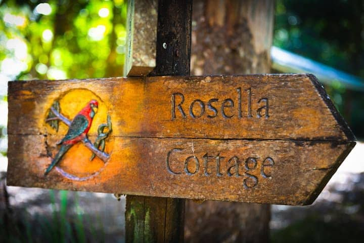 Relaxing Rosella Cottage with beautiful river views