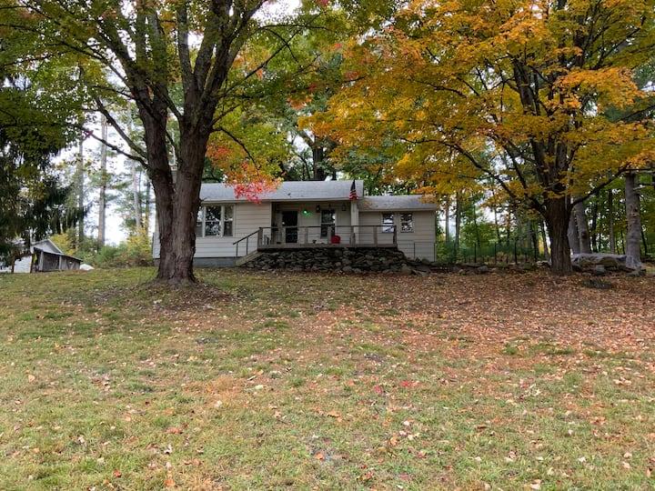 Catskill Mountain Getaway Cottage