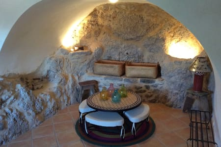 Traditional house in Lakonia combines Mountain&Sea
