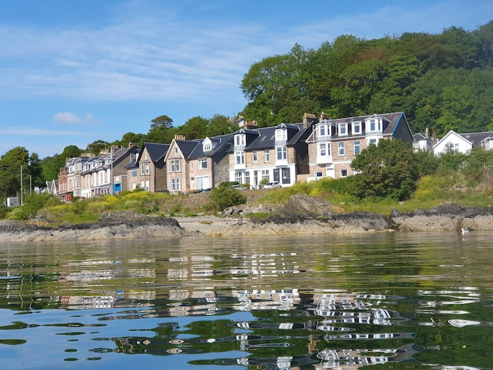 Stunning lochside apartment, converted in 2020