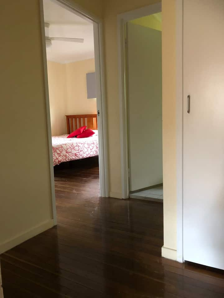 Very quiet place, private two bedroom townhouse