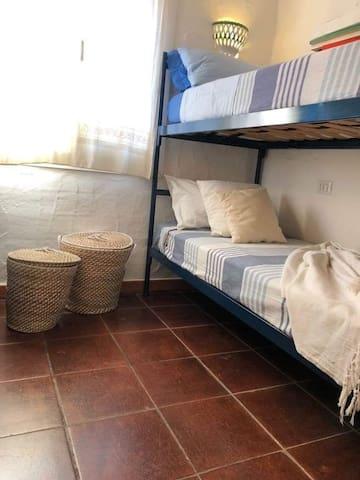 Seconda camera da letto, due letti singoli