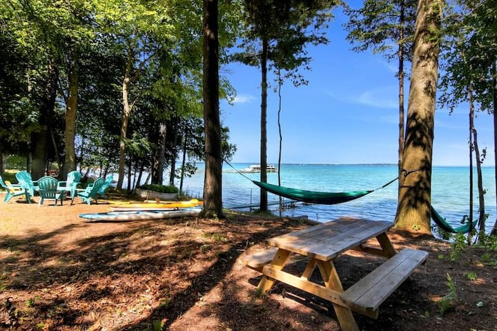 Relax, Unwind and Recharge on Grand Traverse Bay at Blue Calm