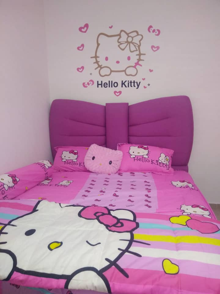 New & Sweet Home, Hello Kitty design in room 2!