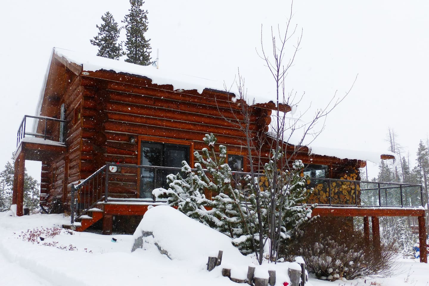 Winter at the Nest 2019.  Your private suite with private entrance are on the upper level.  There are views from your private deck (left side of the house).