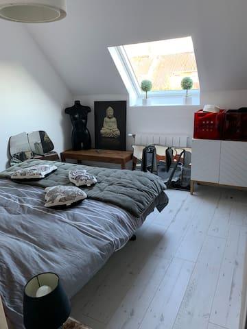 La 1er chambre ...
