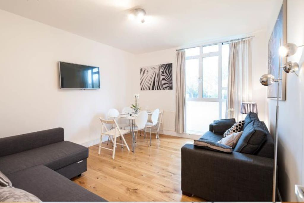 Airbnb  Room Apartment Central London Newly Refubrished