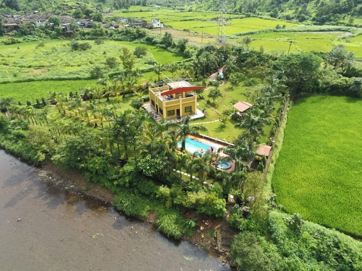 Farm Stay with Pool off Neral Badlapur Highway