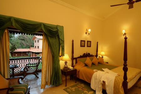 Super Deluxe Room away from the hustle & bustle - North Goa