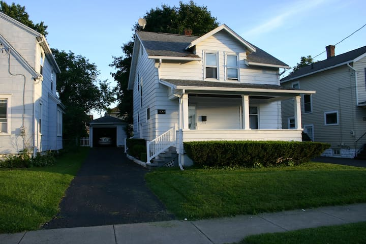 3 Bedroom Whitehouse - Johnson City - Hus