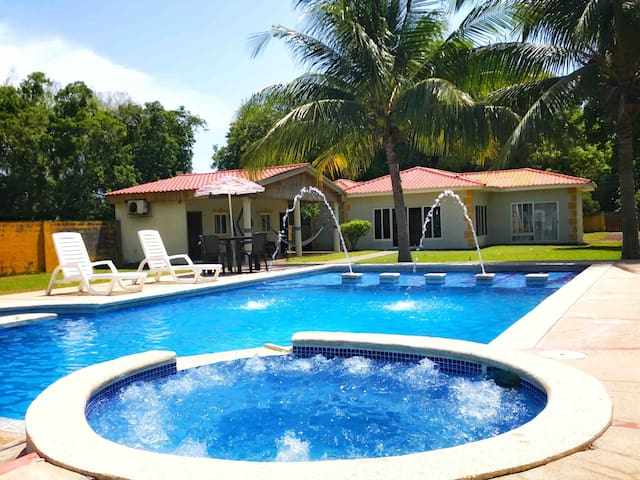 El Tamarindo Beach House