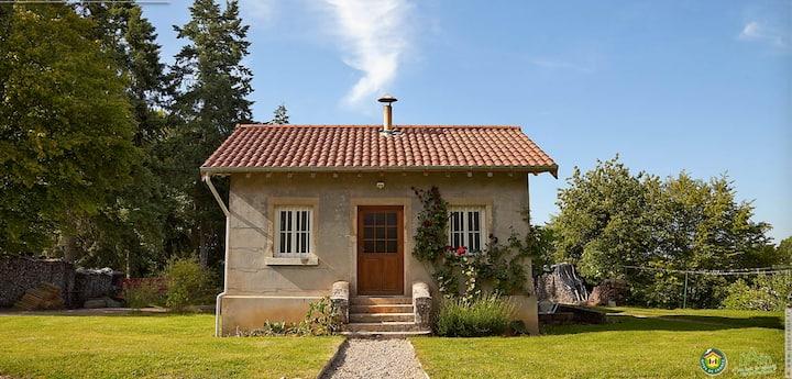 Rental-Gîte La Petite Maison-Park View-Ensuite with Bath