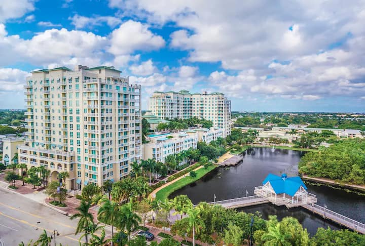 ☆Luxurious Resort-Style Unit☆Tons of amenities!