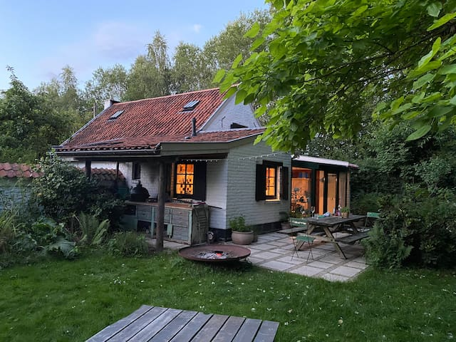 La Petite Forêt   Cottage in Brussels' countryside