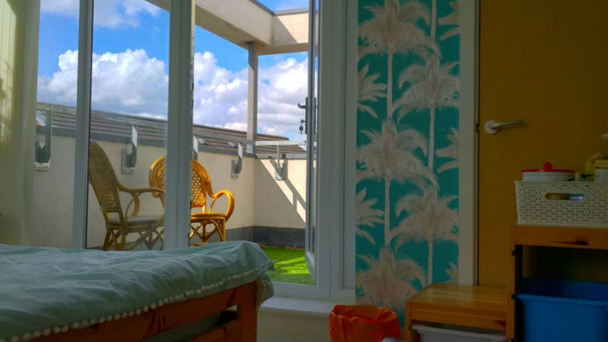 Ensuite Room with 2 balconies & secured parking