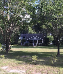 Florida Cracker Style Home - Live Oak - House