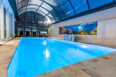 Luxurious Villa Ii.heated Pool 200 Meters From The Beach Castelldefels-sitges