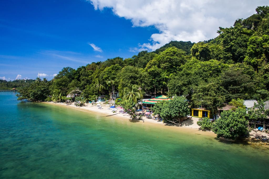 Capture of our small beautiful beach, Indie Beach Bungalows is from the middel and to the left.