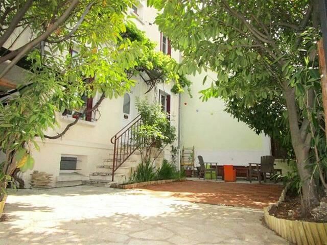 Studio sur terrasse privée - Créteil - Wohnung