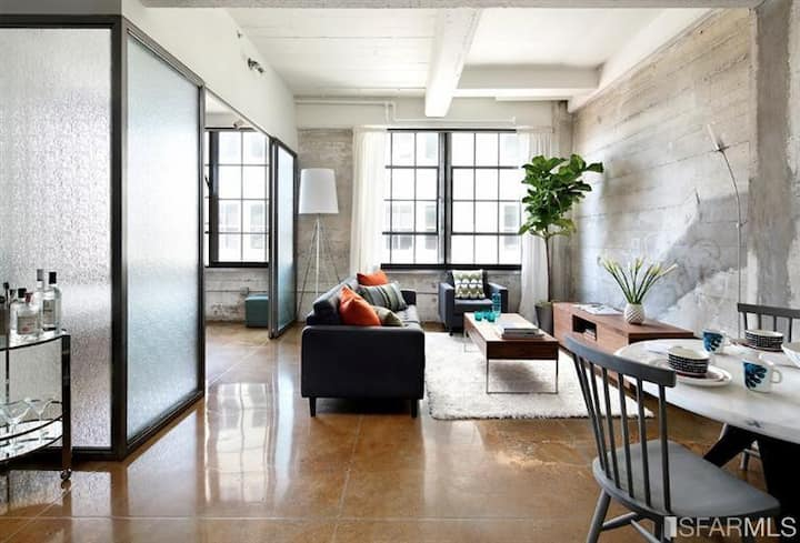 LUXE URBAN LOFT IN THE HEART OF SF