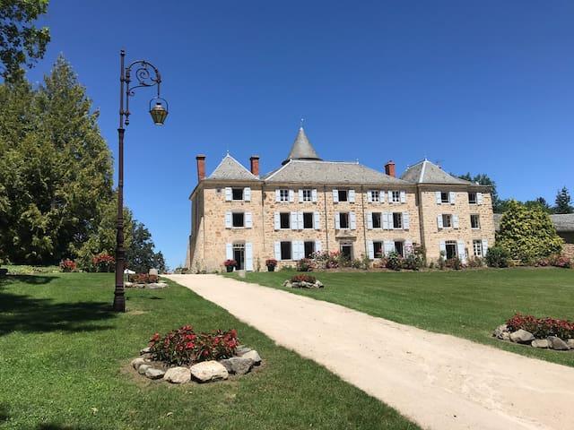 Chateau de Lavée