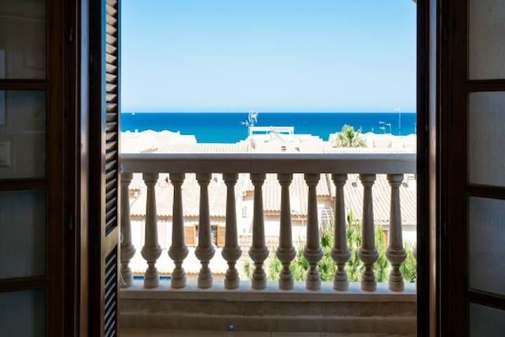 Apartment Picasso with sea views in La Mata - Orihuela
