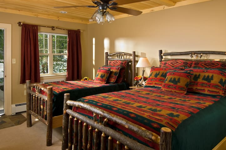 1 Bedroom Suite Apartment - The Alpine Lodge