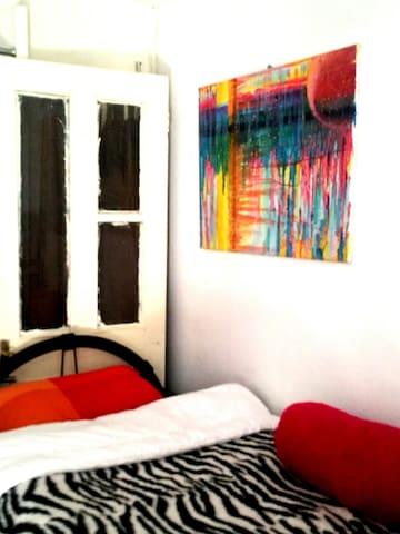 lavender Hues - Hornchurch - Apartment