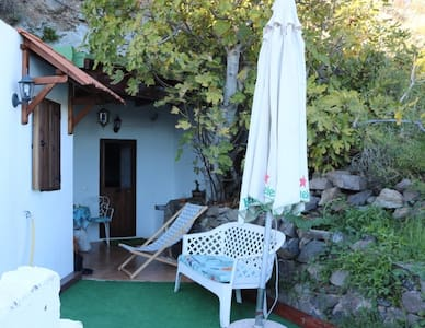 CAVE HOUSE in great outdoor location! - San Bartolomé de Tirajana