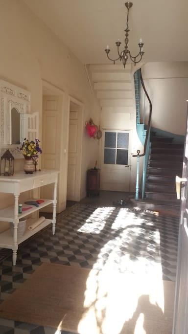 l'entrée 1er étage