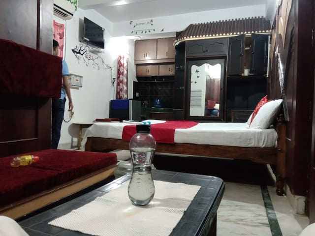 Divine Beach Homestay AC room, kitchen near to Sea