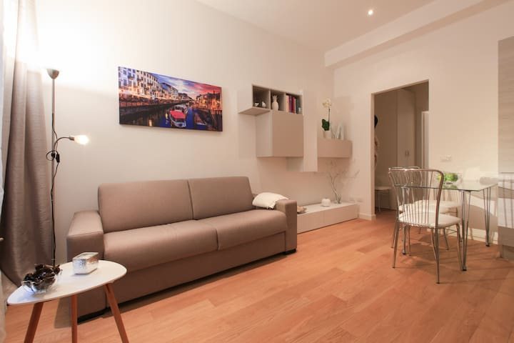 Cool and modern Apartment in Sempione Area