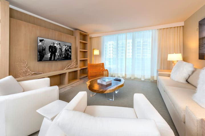 1B Ocean View Condo within Luxury Hotel - 1106