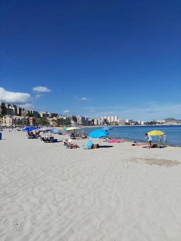 Típica y tranquila casa con dos playas muy cerca. - La Vila Joiosa/Villajoyosa - Huis
