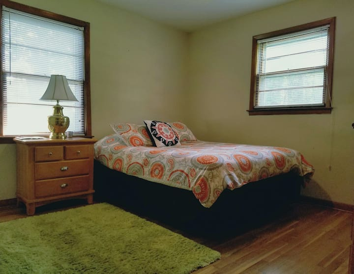East Ashley House (Guest Room #2)