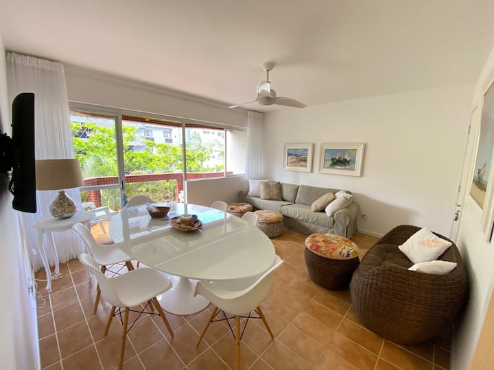 Sea ​​view apartment in Caiobá PR