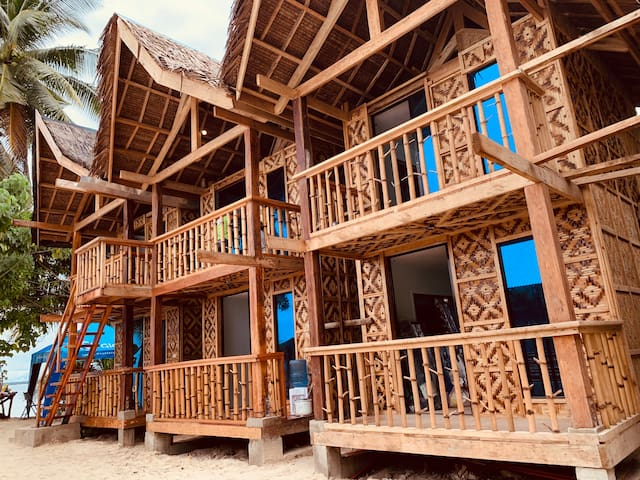 Siargao Isla Azul Beach Front Apartment 3