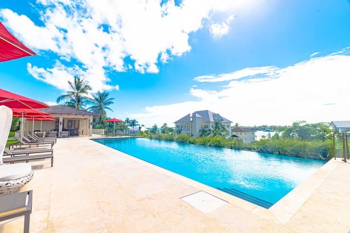 Luxury Private Apartment Paradise Island
