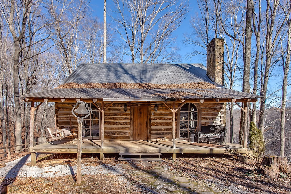 Wow! We found the Best treehouse Tennesse Paris Rentals. Save time searching!