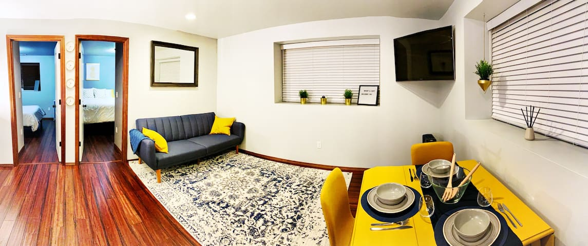 Bright & Cozy Guest Apartment 5 miles to Stadiums