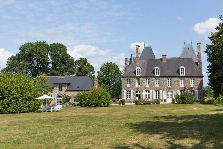 Chateau Du Chevalier at Bretagne