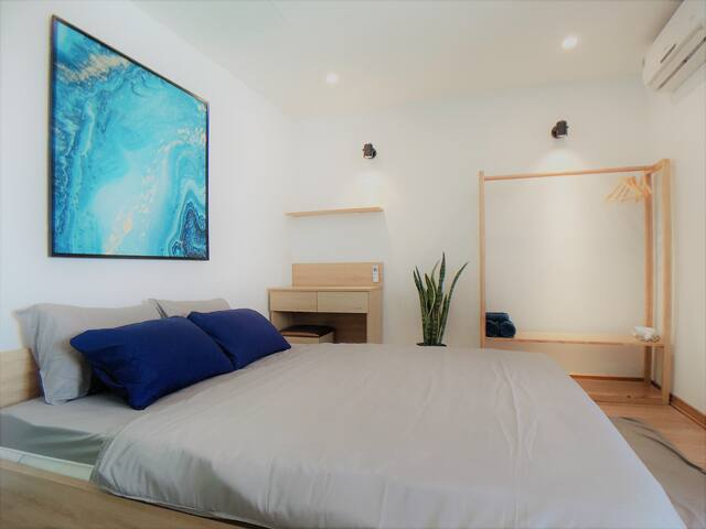 Delistay Double Room 7 City Center Walk to River