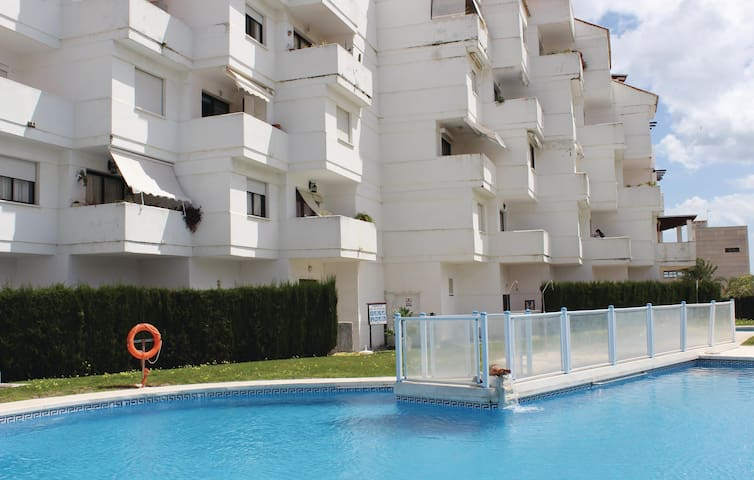 Stunning home in Estepona with 2 Bedrooms