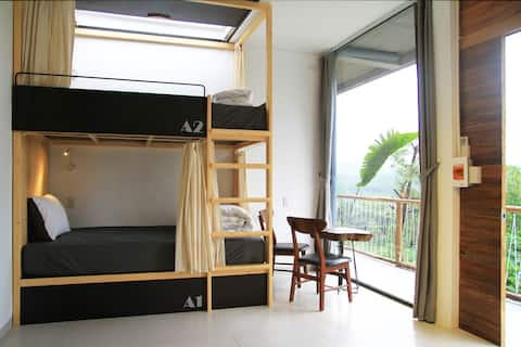 Deluxe Quandruple room with Mountain View