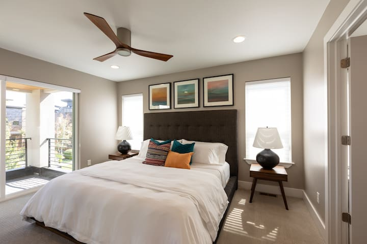 Master bedroom with king-size memory foam mattress.