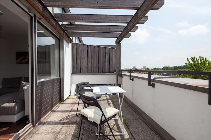 Moderne Wohnung  Top Zustand - Unterschleißheim - Apartemen
