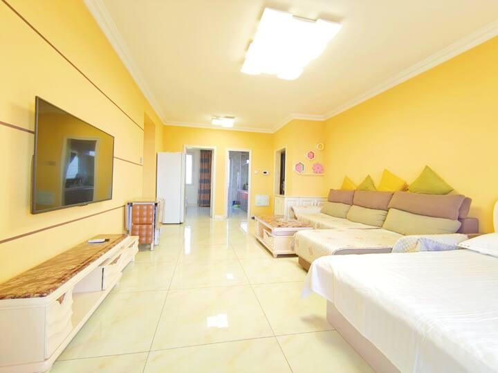 山海广场景区内超大两室三床海景房