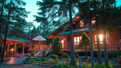 Wilderness Escape, Log Cabin, Sauna, Hot tub