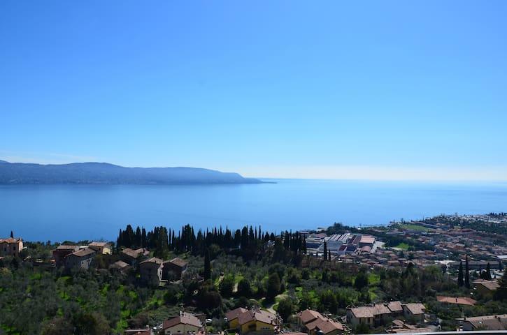 Casa Vincenzo *Villa Marisa*