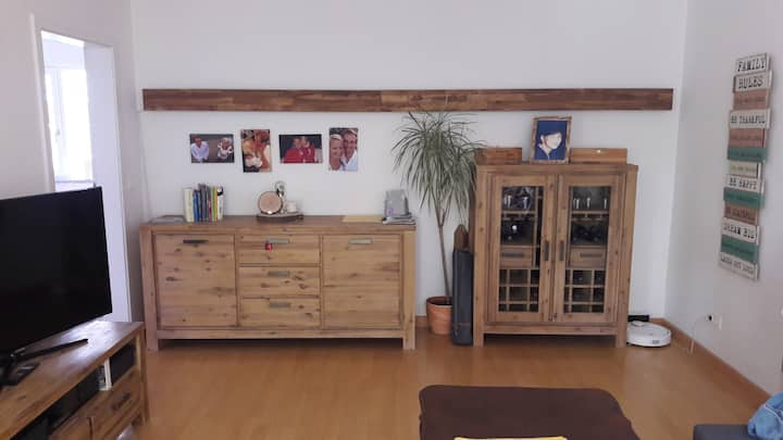 Bright 3 room apt. 60m² right beside Olympic Parc